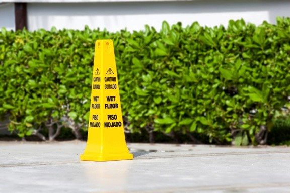 How to Win a Slip and Fall Case in Florida